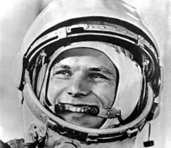 Jurij Gagarin - Den första människan i rymden den 12 april 1961.