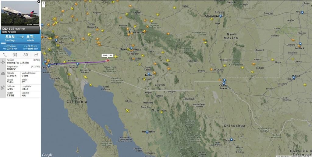 KN4YZ pilot på en Boeing 767 ovanför Phoenix Arizona, på väg från  San Diego till Atalanta.