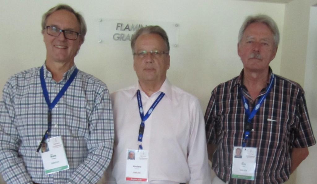 SSA:s delegation under den pågående IARU-konferensen i Bulgarien. Fr.v. Mats Espling SM6EAN, Anders Larsson SM6CNN och Eric Lund SM6JSM.